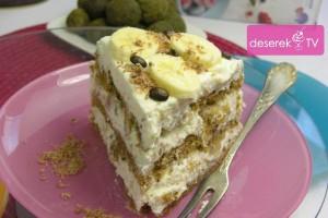 Tort Śmietanowy z Bananami